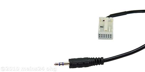 AUX-IN Adapter auf Klinke für MERCEDES Autoradios